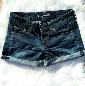 American eagle outfitters Jean shorts!